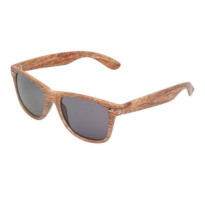 zdjęcia packshot okularów przeciwsłonecznych